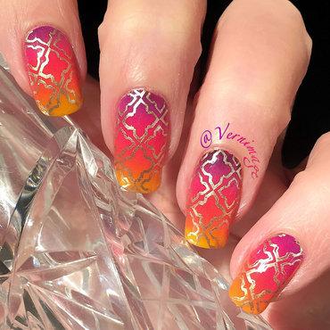 Stamped Gradient nail art by Vernimage