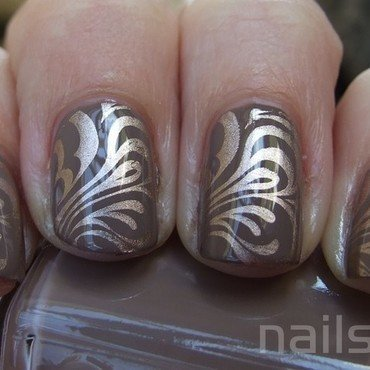 Essie Glamour Purse stamped nail art by nail_style