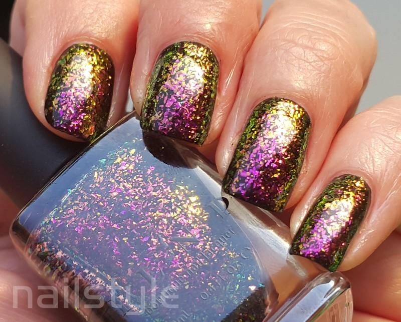 ILNP Electric Carnival Swatch by nail_style