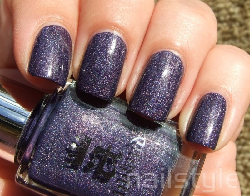 A England Lady of the Lake Swatch by nail_style