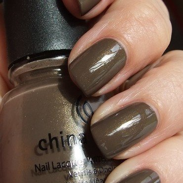 China Glaze Ingrid Swatch by nail_style