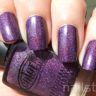 Color Club Wild At Heart Swatch by nail_style