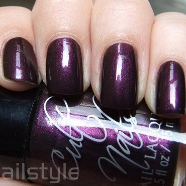Cult Nails Enigmatic Swatch by nail_style