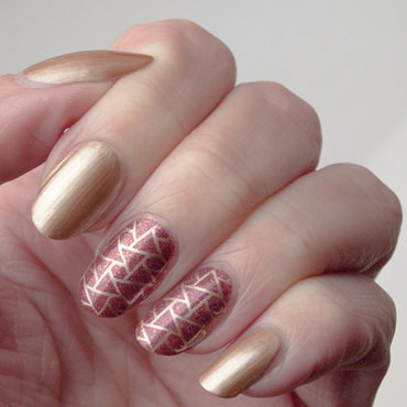 Rusty treasure nail art nail art by What's on my nails today?