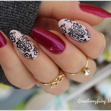 Classy and chic nail art by Cranberry Fairy