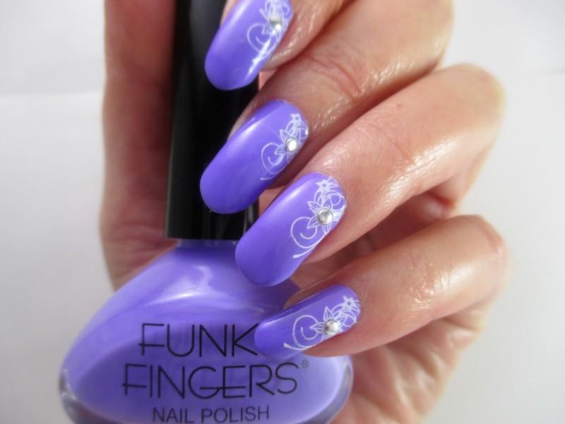 Mellow Mood nail art by NinaB