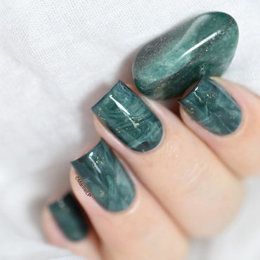 Aventurine stone nail art tutorial nail art by Marine Loves Polish