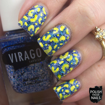 Blue glitter yellow spots nail art 4 thumb370f
