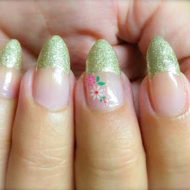Sticker Nail Art Design nail art by Demi