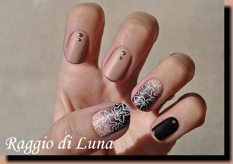 Stamping: Leaves on fall gradient nail art by Tanja