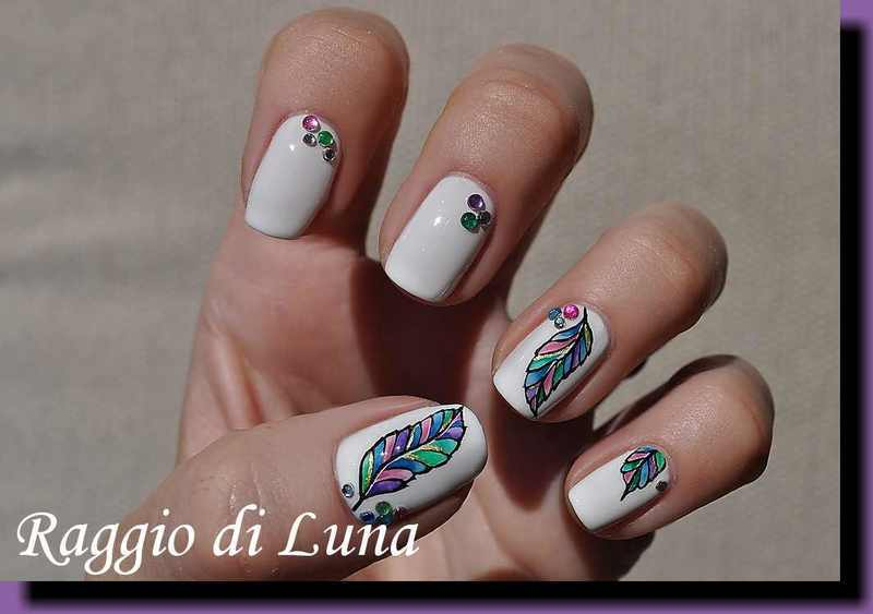 Acrylic colours feather nail art by Tanja