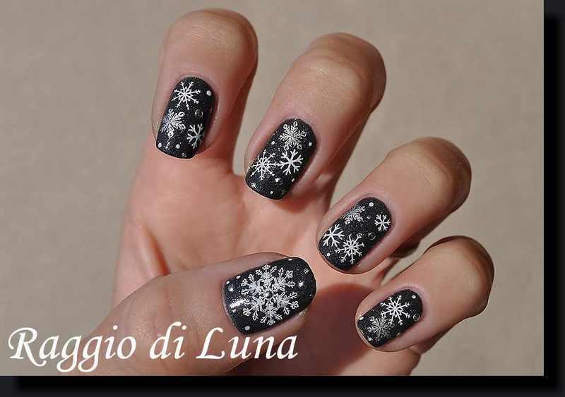 Stamping: Snowflakes on dark grey nail art by Tanja