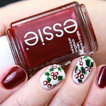 Christmas Misteltoe  nail art by dirndllackiert