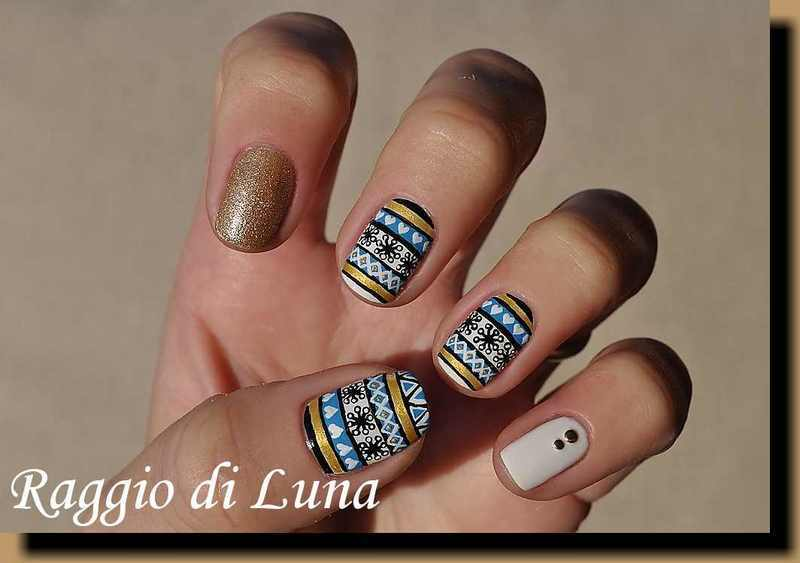 Golden & white & blue christmas sweater nail art by Tanja