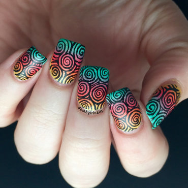 Freehand Spirals nail art by Michelle
