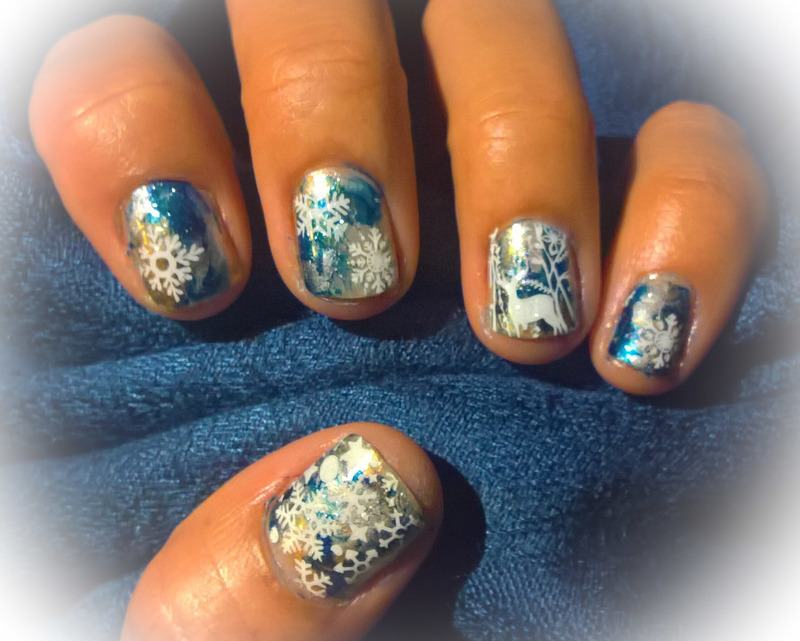 Snow and Deer nail art by Avesur Europa