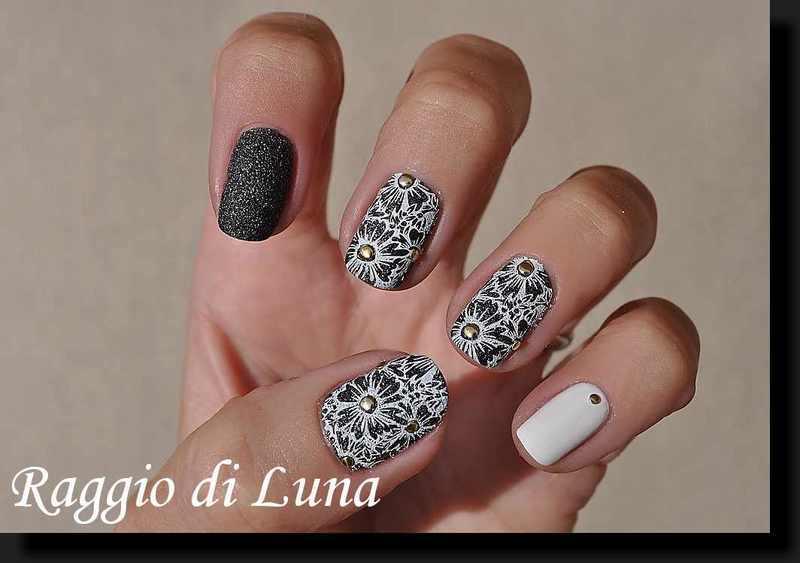 Stamping: White flowers on textured dark grey nail art by Tanja