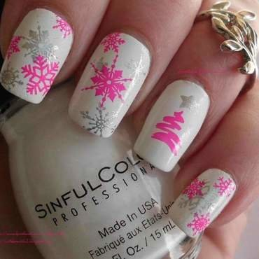 Modern Christmas nail art by Angelique Adams