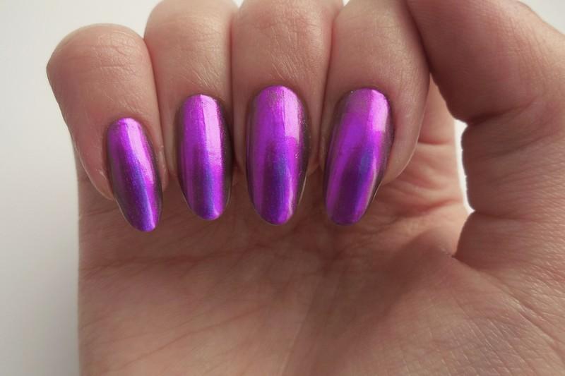 Douglas Spectral purple Swatch by MaliNaila