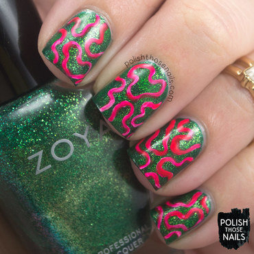 Green shimmer neon pink squiggles contrast nail art 4 thumb370f