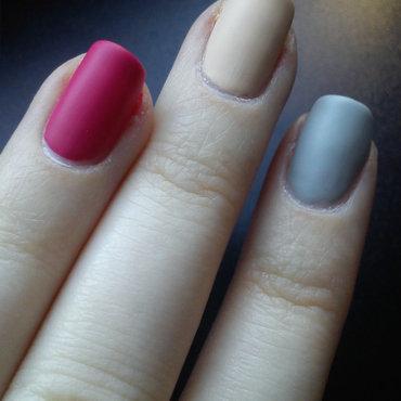 Tri-color nails nail art by StyleNailsAndYou