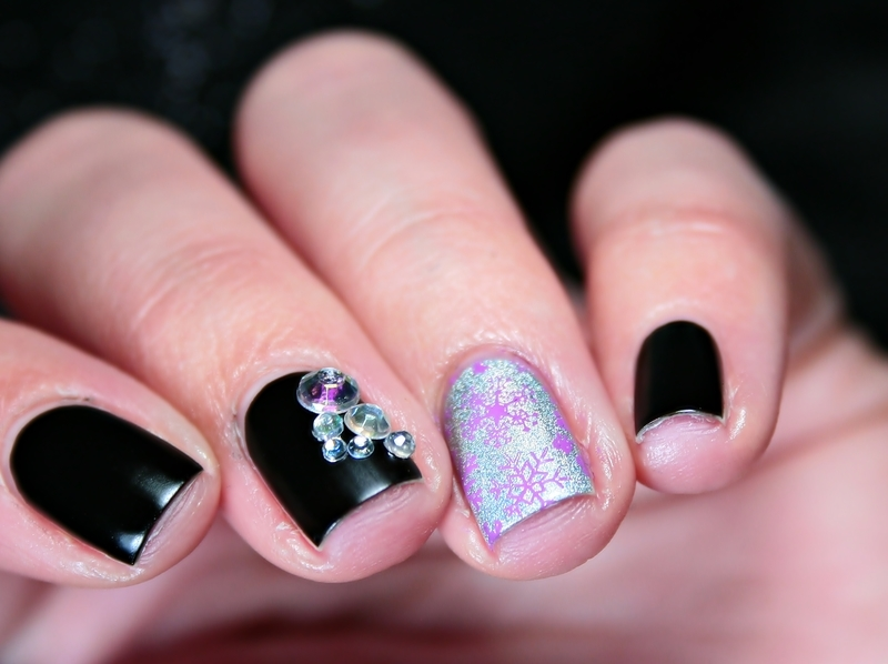 Winter nail art by Romana