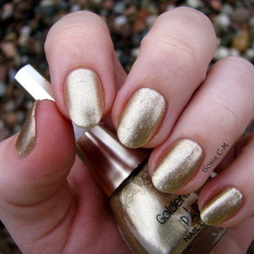 golden rose paris 78 Swatch by Nail Crazinesss