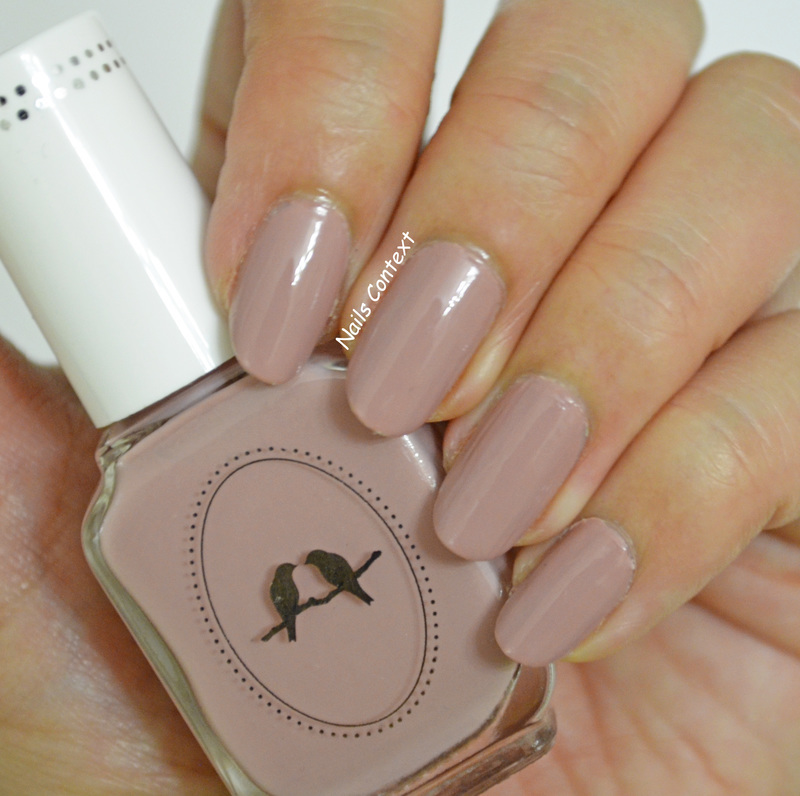 Chloe and Isabel Macaron Swatch by NailsContext