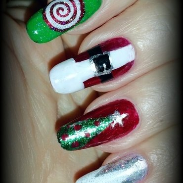 Easy Christmas collection  nail art by Maureen Spaulding