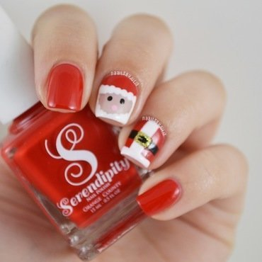 Santa and his suit nail art by Julia