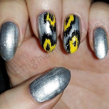 Yellow and Silver Ikat nail art by Enigmatic Rambles