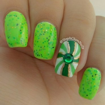 Green peppermint Christmas nails  nail art by StephGlamNailz
