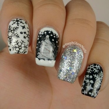 Black and white Christmas nails  nail art by StephGlamNailz