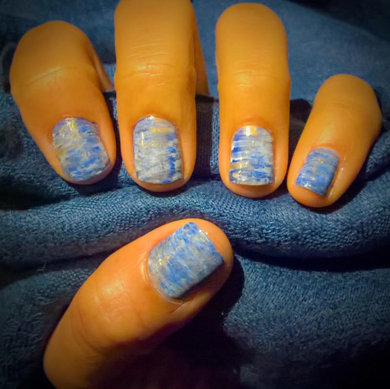 Blue, White & Gold #fanbrushfriday  nail art by Avesur Europa