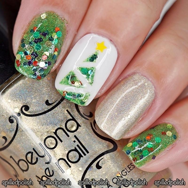 Christmas Tree Nails nail art by Maddy S