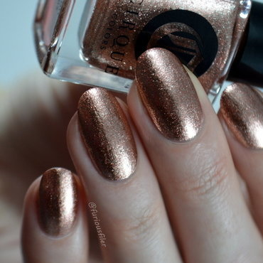 Cirque Halcyon Swatch by Furious Filer