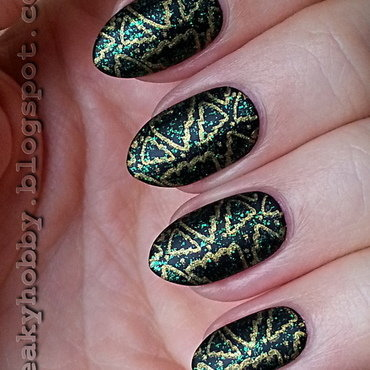 Christmas Tree Manicure nail art by Mgielka M