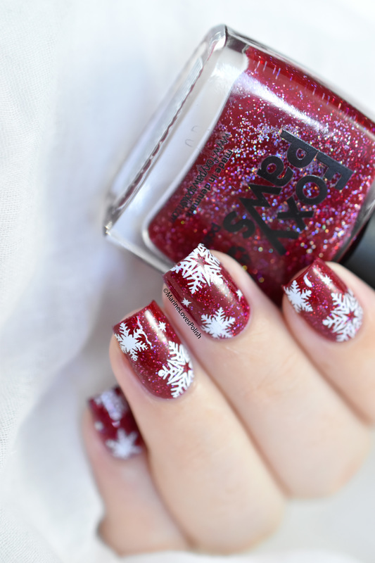 Christmas snowflakes nail art by Marine Loves Polish