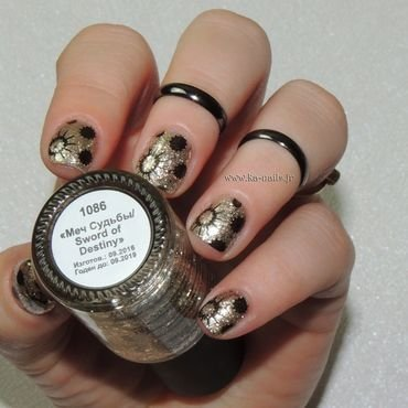 The Destiny of the Circles nail art by Ka'Nails