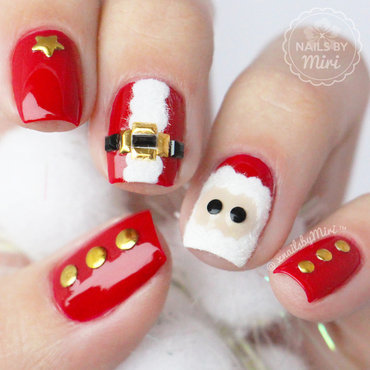 Furry Santa Claus nail art by xNailsByMiri