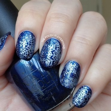 Dark 20blue 20with 20white 20snowflakes 20stamping thumb370f