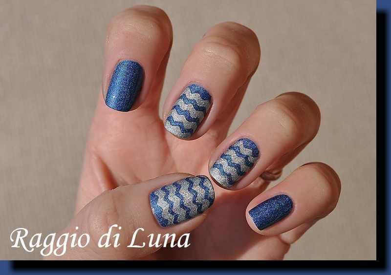 Holo denim blue & silver chevron manicure nail art by Tanja