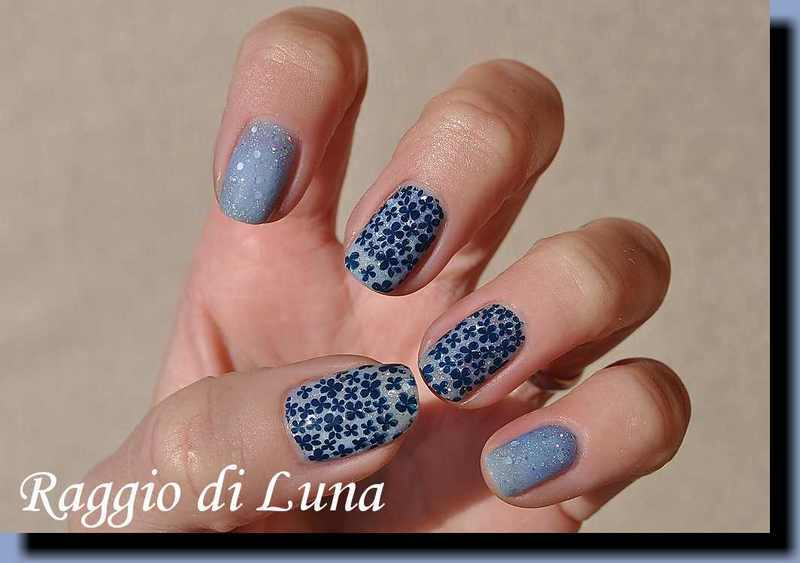 Stamping: Blue flowers on thermal light blue nail art by Tanja