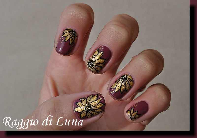 Golden flowers on mauve nail art by Tanja