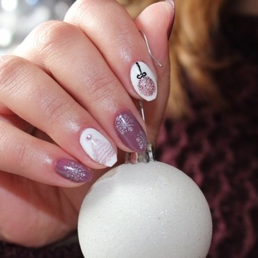 Christmas Nailart nail art by msmiri26