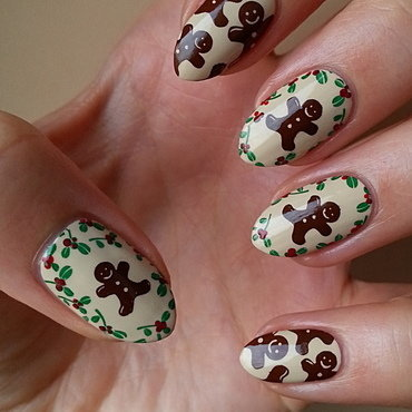 Last Minute Gingerbread Cookies nail art by Mgielka M