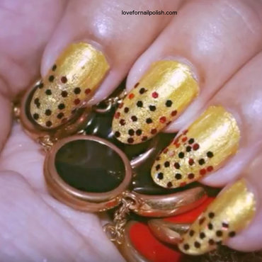 Gold and Red nails for Christmas nail art by Demi
