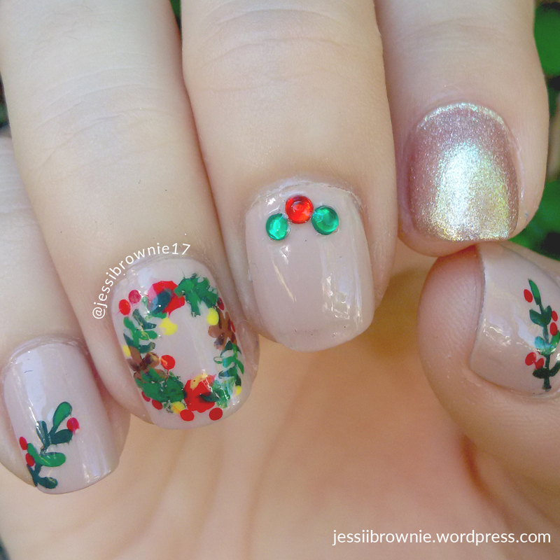 Christmas Wreath Nails nail art by Jessi Brownie (Jessi)