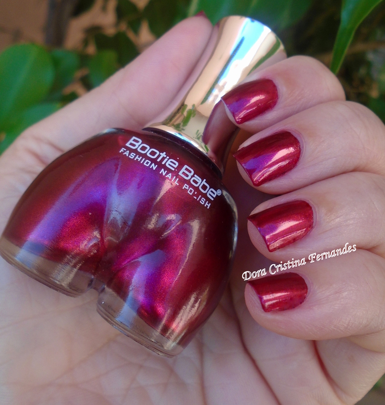Bootie Babe Tears For Rears Swatch by Dora Cristina Fernandes