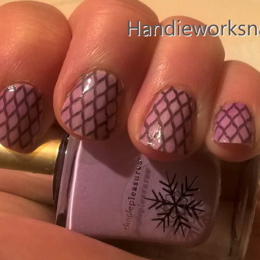 Netted Nails nail art by Sazjay